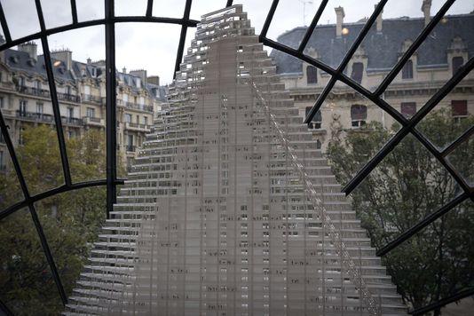 tour edifice-de-180-metres-signe-par_b4997ee898629558205b237e3bd9972b